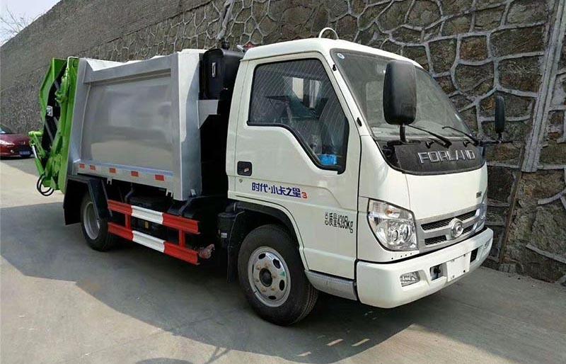 福田4方壓縮垃圾車