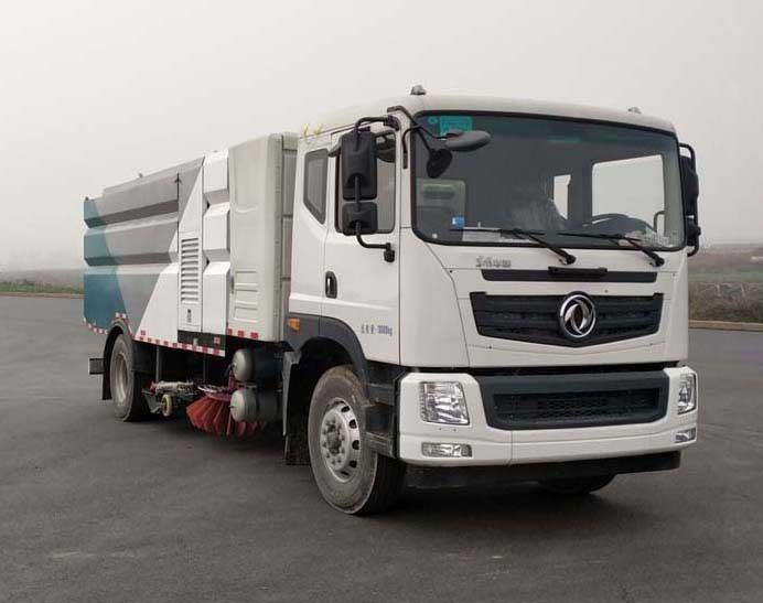 华通牌HCQ5180TXSEQBEV型纯电动洗扫车