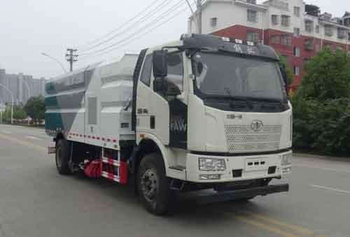 华通牌HCQ5180TXSCA6型洗扫车
