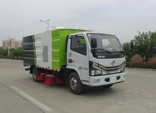 华通牌HCQ5075TSLEQ6型扫路车