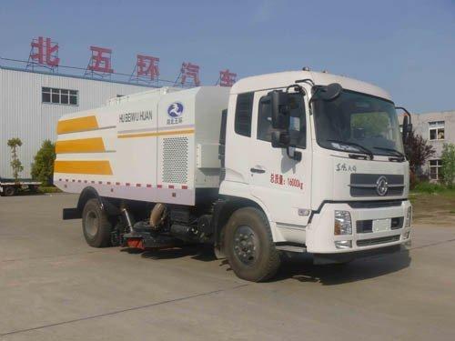 华通牌HCQ5165TSLNG5型扫路车