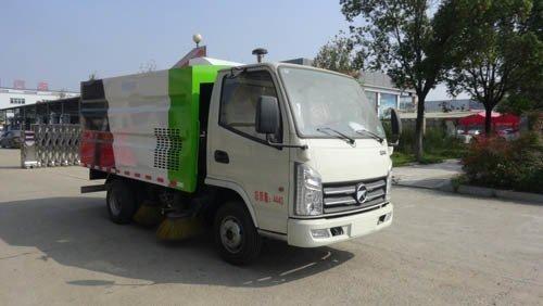 华通牌HCQ5040TSLKM5型扫路车