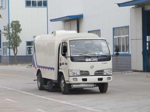 楚飞牌CLQ5070TXC4型吸尘车