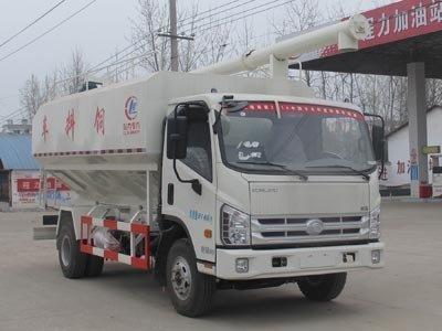 程力威牌CLW5090ZSLB4型散装饲料运输车