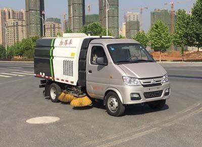 程力威牌CLW5030TSLSC5型扫路车