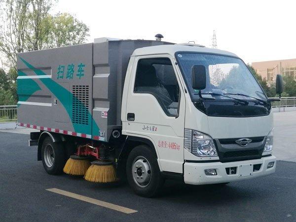程力威牌CLW5040TSLB6型扫路车