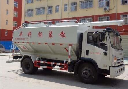 程力威牌CLW5120ZSL6型散装饲料运输车