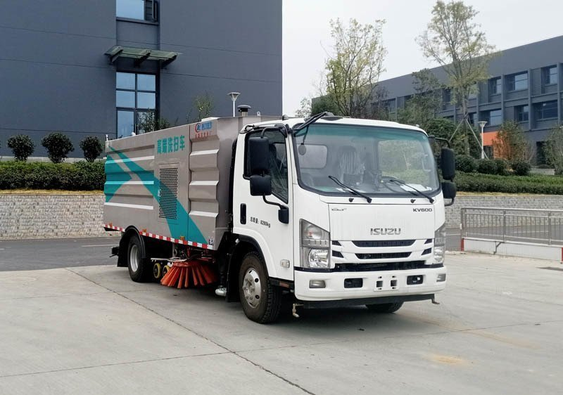 程力威牌CLW5080TXSQ6型洗扫车