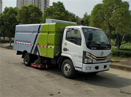 东风牌DFZ5075TXC3CDF型吸尘车