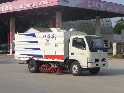 程力威牌CLW5072TSL4型扫路车